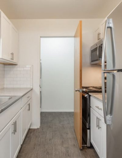 west-oaks-apartments-for-rent-in-southfield-mi-gallery-1