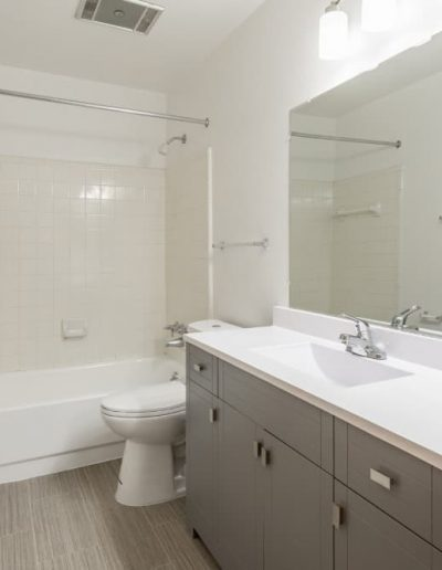 west-oaks-apartments-for-rent-in-southfield-mi-gallery-6